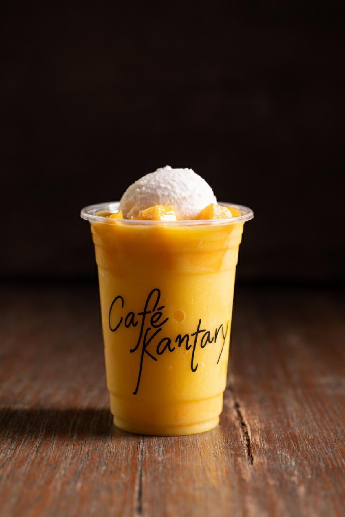 """คาเฟ่ แคนทารี"""" เอาใจคนรักมะม่วง  ฟินเว่อร์กับความอร่อย.....ต้อนรับซัมเมอร์"""