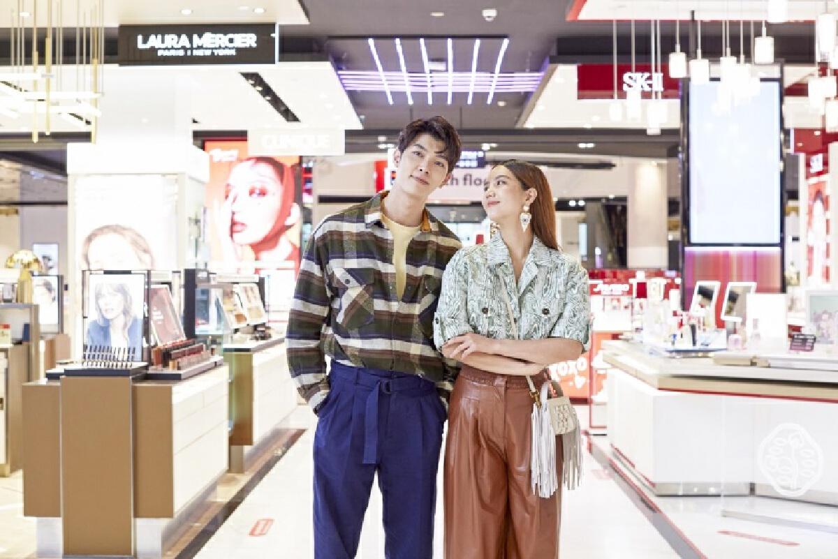 """คู่จิ้น ก็อต-ริชชี้ พาช้อปไอเท็มรับซัมเมอร์""""Central Beauty Summer x GxxodRichy"""""""