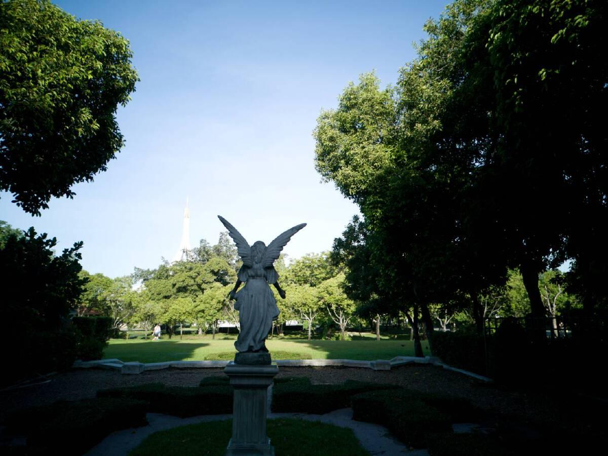 """""""สวนหลวง ร.9""""  สวนสาธารณะ ปอดใหญ่ ของคนกทม."""