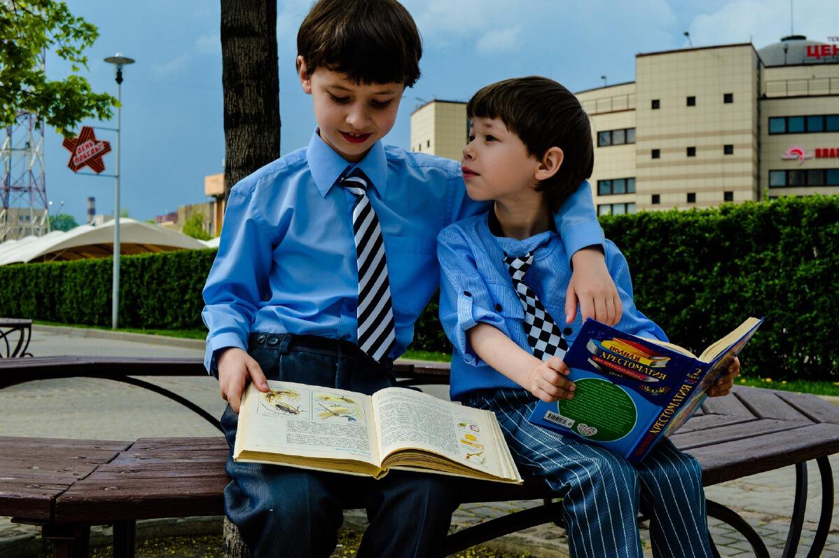 """ชวนลูก """"อ่านหนังสือ"""" เพิ่มทักษะ Theory of mind"""