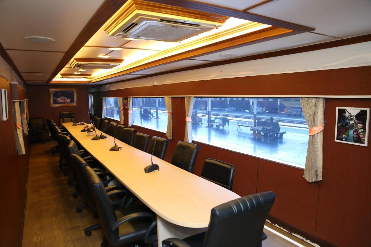 """รฟท. ได้รับบริจาค """"รถไฟญี่ปุ่นมือสอง"""" อายุ 40 ปี ค่าขนย้าย 42.25 ล้าน"""