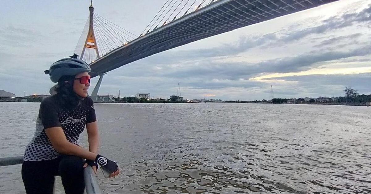 """""""ท็อป ดารณีนุช"""" โพสต์ภาพ สะพานของพ่อ รำลึกถึง ในหลวงรัชกาลที่ 9"""